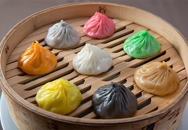 画像: 熱々の日本限定「フカヒレあんかけ土鍋ご飯」