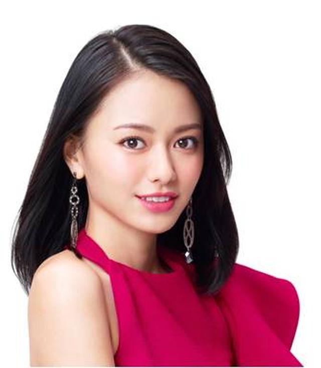 画像: ◇山本舞香(やまもと まいか) 生年月日:1997年10月13日生まれ 出身地 :鳥取県 2011年に女優デビュー。2017年も映画「ひるなかの流星」他、話題の作品に出演。 現在『王様のブランチ』(TBS系)、「漫画みたいにいけない」(NTV)にレギュラー出演中。 『漫画みたいにいかない』は、今春舞台化が決定している。 2018年5/25には映画『恋は雨上がりのように』の公開が控えている。