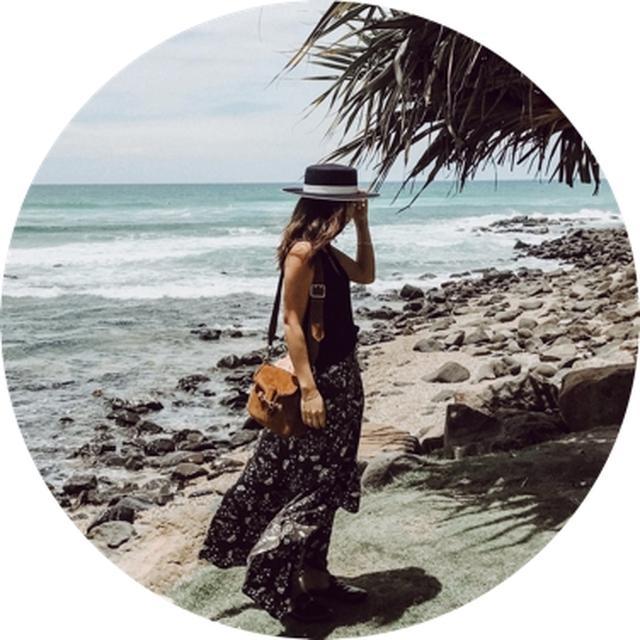 画像: Sakie クリエイティブディレクター 旅を中心に発信するInstagramが人気となり、様々な企業のSNSコンサルを行う。最近ではイベントの空間ディレクションやフォトライターとしても活躍中。 www.instagram.com