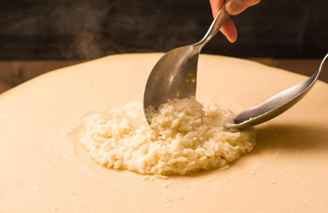 画像2: とろ~りとろけるチーズフォンデュはいかが?