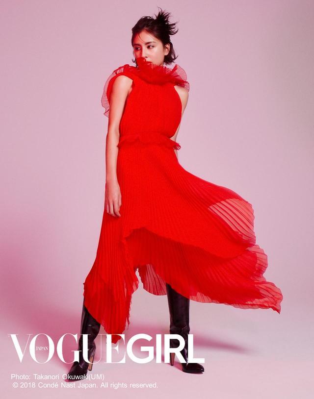 画像2: 人気企画「GIRL OF THE MONTH」に、ラブリが登場!