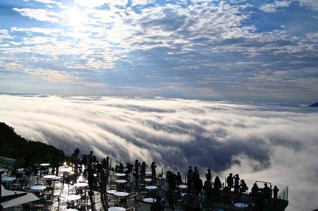 画像2: 早朝の絶景体験「雲海テラス」