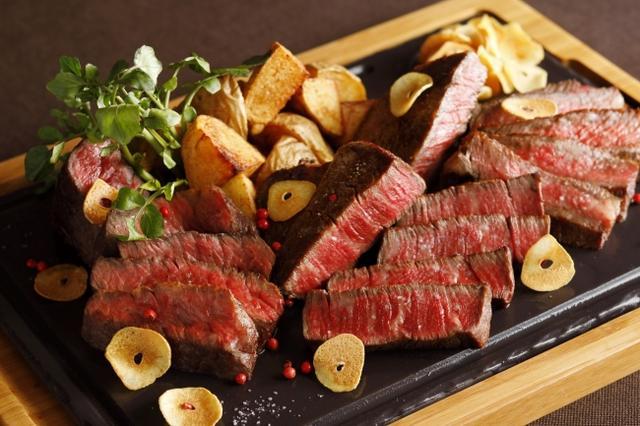 画像: お肉はダイエットの敵? 答えはNo!女子会だからこそ、肉がいい!