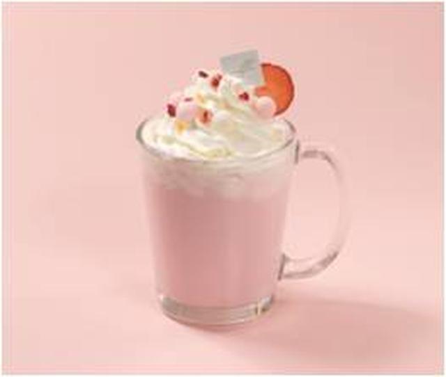 画像: ◇ビーツラテ(Hot / Ice)¥820(税込) 栄養豊富で美容にも効果のある、鮮やかな色合いと甘みが特徴の「ビーツ」を使用したパステルピンクのラテ。 隠し味には苺を使用しており、生クリームと混ぜると、まろやかなちょっと大人な甘みをお楽しみいただけます。