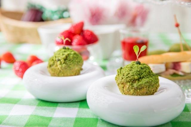 画像3: 新緑の季節を先取り!「苺と抹茶のアフタヌーンティー」