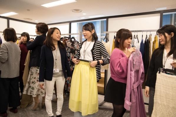 """画像2: """"自分らしく働く服""""を見つける空間を提供。新たな観点""""ファッションで女性の働き方改革""""実現"""