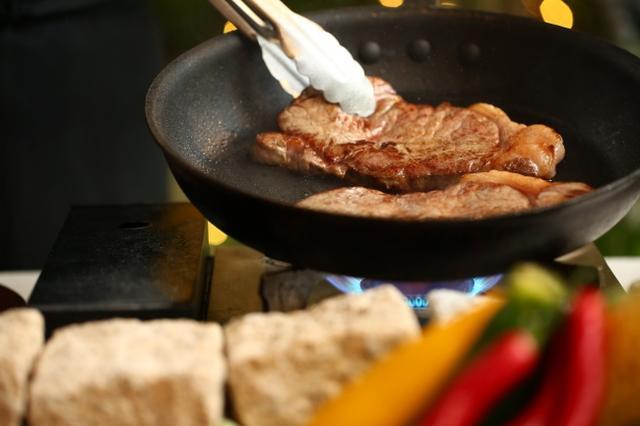 画像3: 『肉バルビアガーデン』 会場:星ヶ丘アートグレイスクラブ