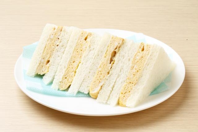画像: <サンドイッチ王子>(京都/河原町) だしまきサンドが看板メニュー。 京のだしまきサンド(1袋)税込400円