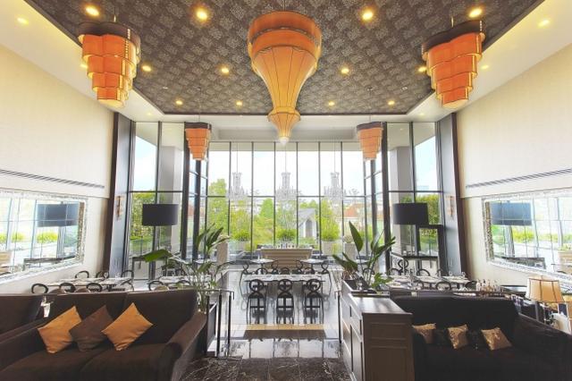 画像3: 魔法のランプや空飛ぶ絨毯をイメージ!「アラビアンナイト デザートブッフェ」