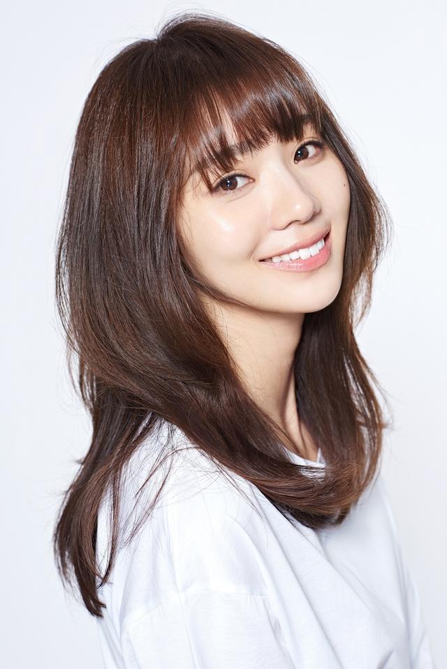 画像: 池端レイナさん(イケハタレイナ) 1987年11月5日生まれの30歳。2010年にモデルオーディションでグランプリを受賞したのをきっかけに、大学卒業の2011年から本格的に芸能活動をスタート。2014年には台湾に渡り中国語を習得。台湾で映画やドラマに出演し、また歌手デビューもするなど幅広く人気を博している。 2016年には日本でも月9ドラマに出演をするなど逆輸入女優として話題になった。現在は、今年の台湾スペシャルドラマや新しい楽曲制作など、活動の勢いを増している。日本でもドラマ「刑事ゆがみ」にゲスト出演した他、2018年に出演を控える映画、ドラマも多数あり、これから活躍する逆輸入女優として目が離せない。