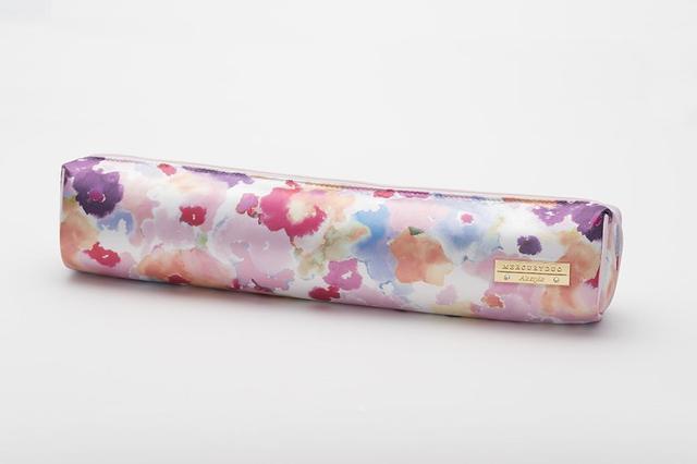 画像1: 華やかな水彩タッチのお花柄で女子力アップ!