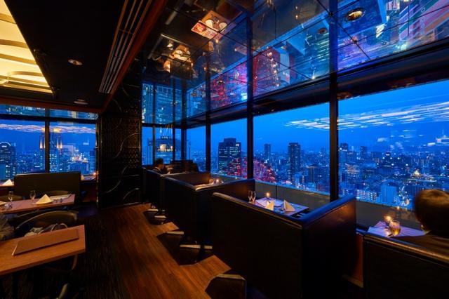 """画像2: 大阪屈指の夜景と楽しむ、ムービージェニックな""""大人限定の夜パフェ""""が新登場"""