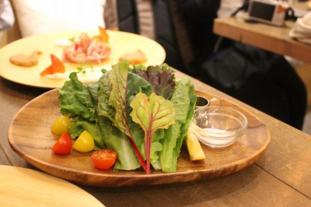 画像: 「抗酸化野菜のグリーンサラダ」 完全無農薬、水耕栽培の味のしっかりとした安心、安全のサラダです。