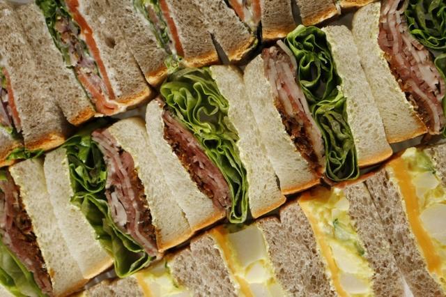 画像2: バラエティ豊かなサンドウィッチを楽しむ! ガーデンラウンジ 『サンドウィッチ&スイーツビュッフェ』
