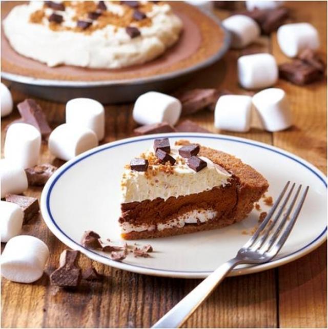 画像1: チョコレートムースの濃厚な味わいとマシュマロのふわふわ食感がクセになる!