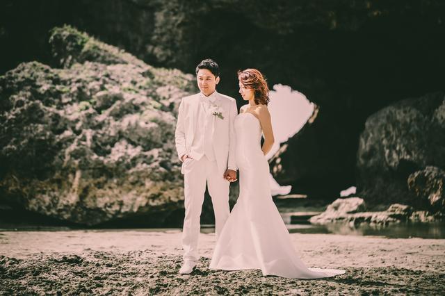 画像: 瀬良垣島教会|沖縄結婚式・沖縄挙式・ウェディングは【アールイズ・ウエディング】