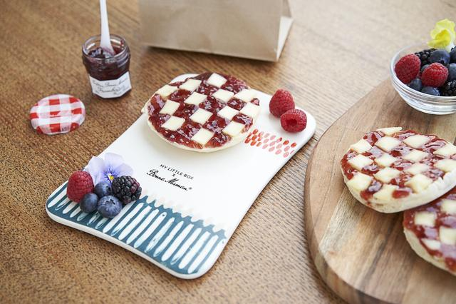 画像: ◆美食の国フランスからお届け!パリジェンヌ流レシピブック