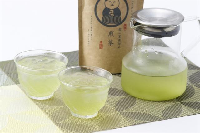 画像: ◆商品説明 お茶の産地、静岡の玉川地区と松野地区の高級茶葉を、今回の商品の為だけにオリジナルブレンドした本格的な「ねこ茶商印の日本茶」シリーズ。味は3種類あり、それぞれ茶葉verとティーバッグverの2種類をラインナップ!本格的な日本茶をお手軽に楽しめますのでプレゼントにもおすすめです。