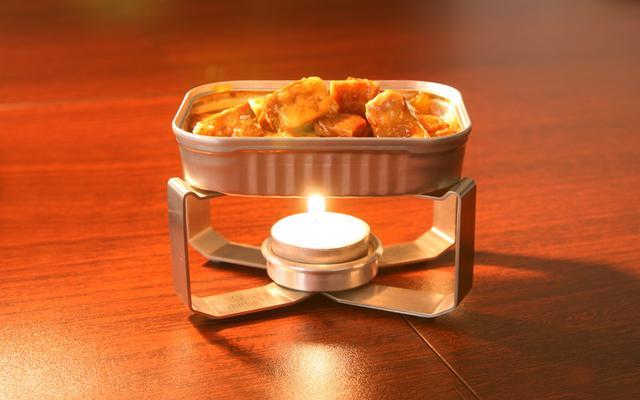 画像: 【便利】缶詰をそのまま温められる「CROSS WARMER」