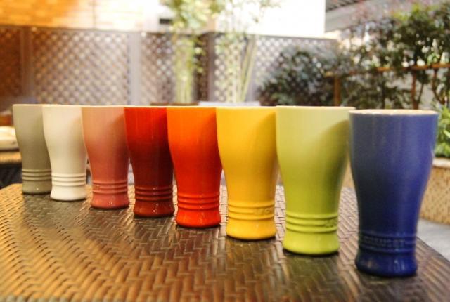 画像: 【SNS映え間違いなし!色鮮やかなビアガーデン】 今回のビアガーデンでは生ビールと4種類のクラフトビールをル・クルーゼ新製品タンブラー250mlにてお楽しみいただけます。赤や緑など、ル・クルーゼならではのカラフルで鮮やかな色味のタンブラーは、ビアガーデンをより華やかにしてくれること間違いなしです。美味しいビールを楽しみながら、ル・クルーゼの新製品も真っ先にチェックが出来るファンには堪らないビアガーデンです。