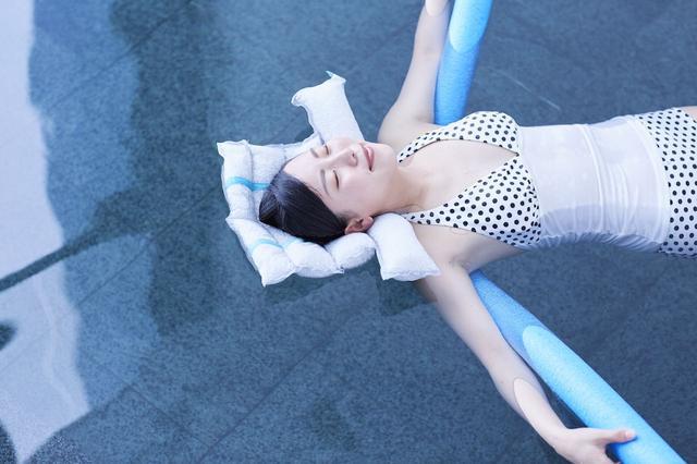 画像1: POINT2/温泉アクティビティと、身体を潤す野菜ウォーター