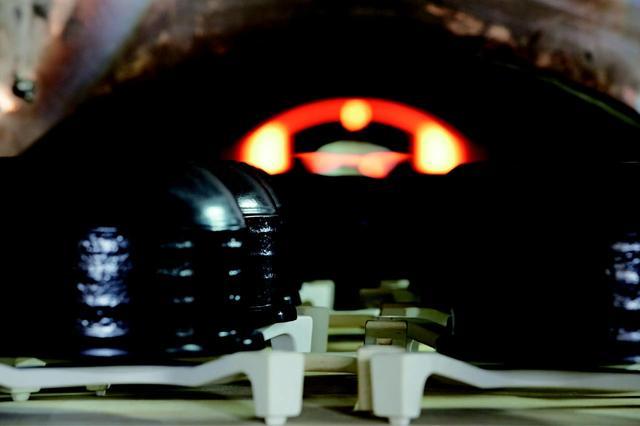 画像: ふっくら「ごちそう土鍋ごはん」が楽しめる プレミアム本土鍋四度焼き