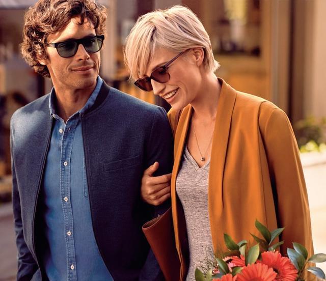 画像1: 普段使いのメガネが自動でサングラスに、新感覚機能レンズ!