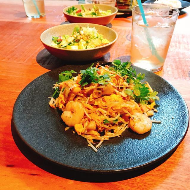 画像: PAD THAI(パッタイ)タイ風焼きそば¥1,200