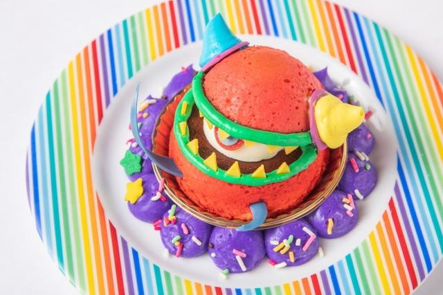 画像: ④宇宙ケーキ・メダマリアン ¥500 大きな目玉がインパクト大のエイリアン型デザート♪苺風味のブッセ生地の中に、目玉に見立てた練乳ムースをIN!