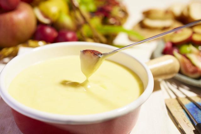 画像: POINT2 「フルーツフォンデュ」と、自分で作るフルーツサンド