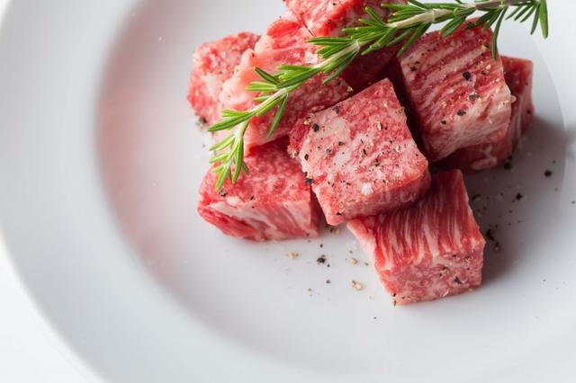 画像1: ココロ躍る一流の焼肉と体にうれしい美食が東京・青山で味わえる!
