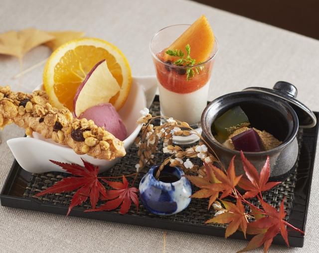 画像: 箱根湯寮[囲炉裏茶寮 八里] 山里のやさしさ溢れる、秋のおもてなし和風スイーツは様々な食感が楽しめます。