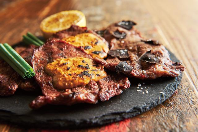 画像: ・肉BISTROのタン塩 1,280円(税抜) ねぎ・ウニ・トリュフを乗せた最高級の組み合わせ。