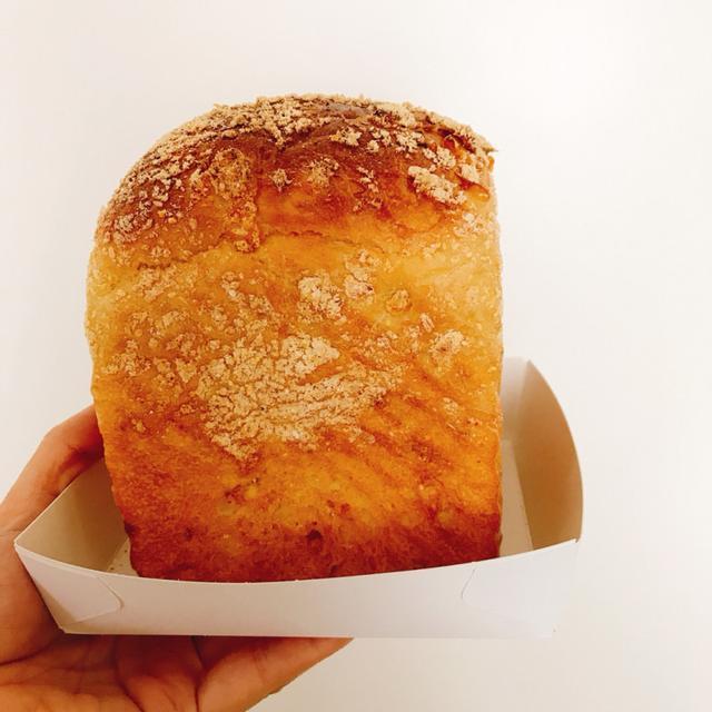 画像: 【グランツリー武蔵小杉限定 】「とうもろこしの食パン」/1斤:900 円(税込)※テイクアウトのみ