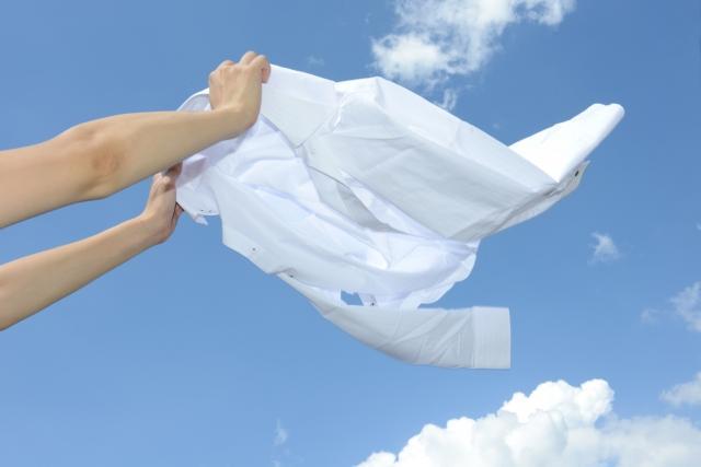 画像: 春夏のおしゃれ最強コーデは、やっぱり白シャツと白T!