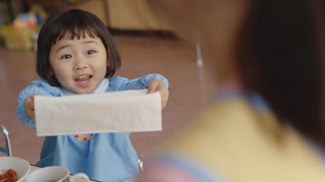 画像3: 新垣結衣先生と園児とのふれあいを描いたCM第2弾「クリネックス 新垣先生と園児たち ~お昼ごはん~」篇