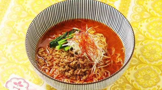 画像: 麻辣担々麺 ¥1,100 味噌ベースのスープに辣油などで辛さを入れたサナギの定番メニュー!