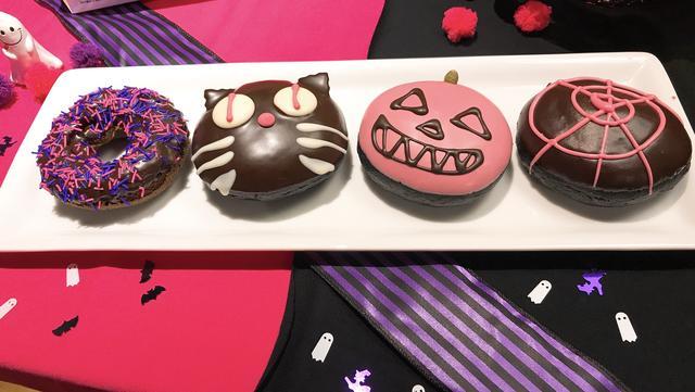 画像2: ピンクとブラックどちらがお好き?魅惑のドーナツ登場