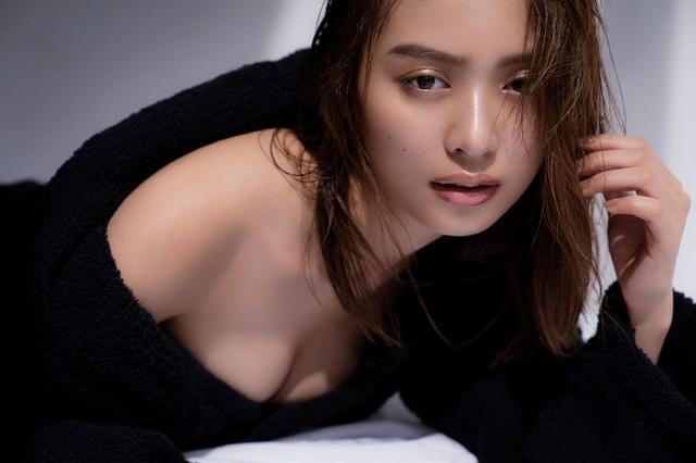 画像: 【内田理央さんプロフィール】 1991年9月27日生まれ。東京都出身。女優、モデル。さまざまなドラマや映画、雑誌で活躍中。社会現象となったドラマ、『おっさんずラブ』(2018年4月放映)では、主人公の幼馴染役を好演。出演映画『あのコの、トリコ。』(10/5公開)、『ここは退屈迎えに来て』(10/19公開)に出演予定。 anan No.2118(2018年9月12日発売号) (c)マガジンハウス