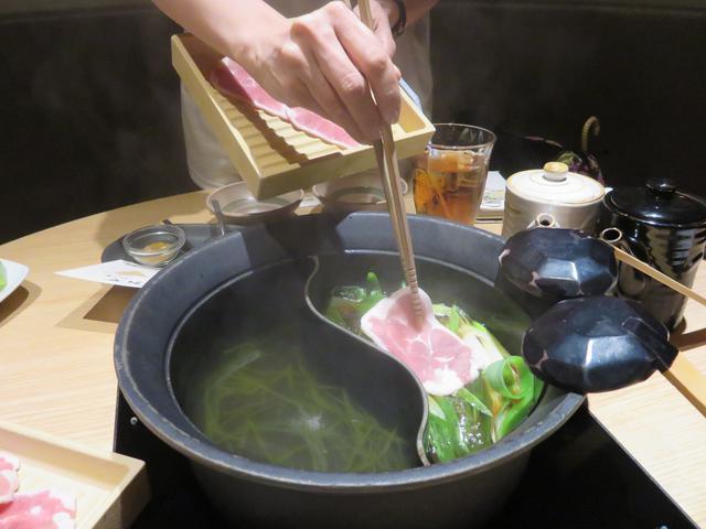 画像2: 研究された厚切りの鴨肉!最適な厚みは「2.5mm」