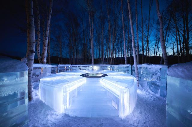 画像: 1 360度氷に囲まれて入浴体験ができる「氷の露天風呂」