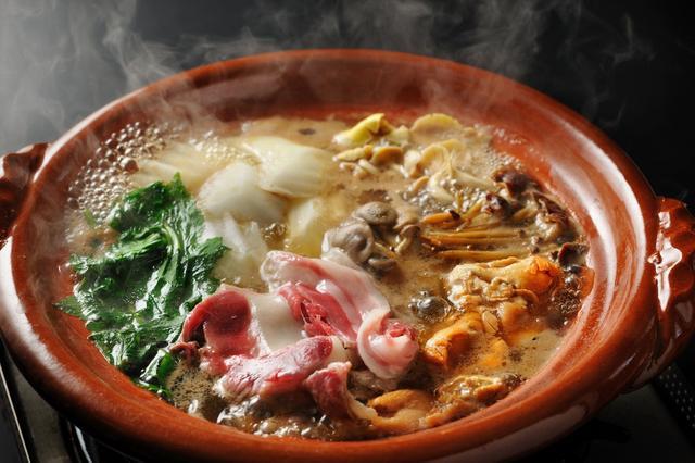 画像: 界 川治(栃木県・川治温泉)里山の味覚を堪能「味噌牡丹鍋」