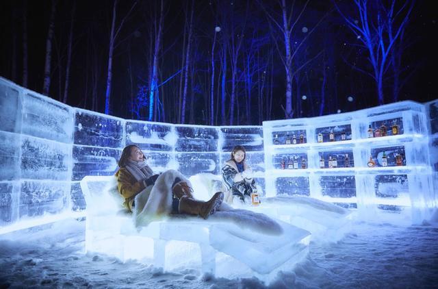 画像1: 2 入浴後、星空の下で余韻に浸れる「氷の湯上がり処」