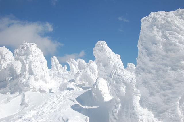 画像2: 高さ約25cmの「八甲田樹氷鍋」新登場
