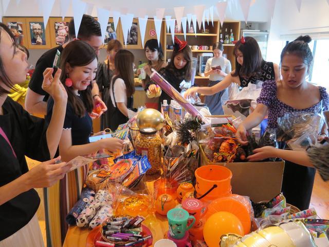 画像2: ハロウィンパーティーの準備スタート