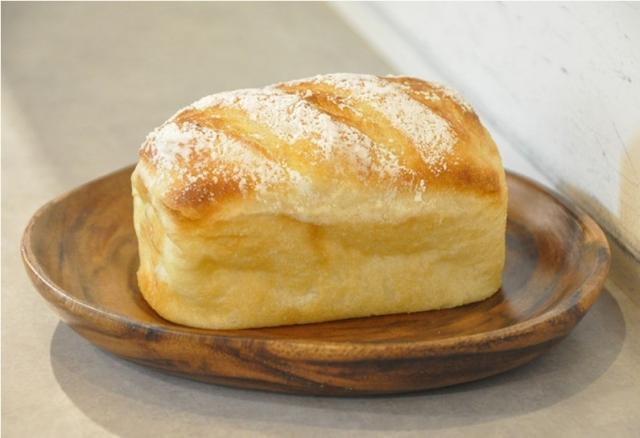 画像1: いつもの食パンにプレーンヨーグルトを混ぜたら、とってもおいしい食パンができました!