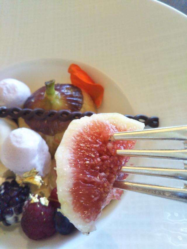 画像1: 大人の味!大麦を使用したティラミス・無花果のマリネとその泡