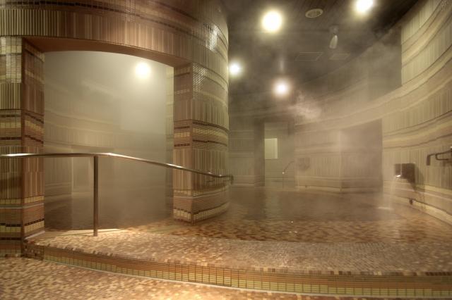 画像: モノリスタワーの「うずの湯」
