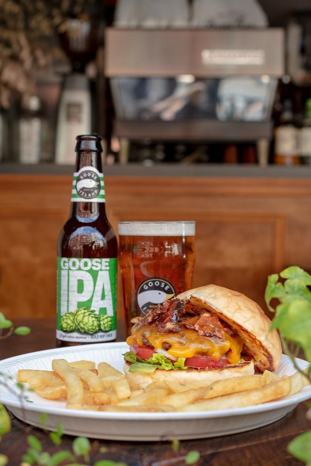 画像3: シカゴ発大人気のクラフトビールと、日本が誇る大人気バーガー店が夢のコラボ!!!