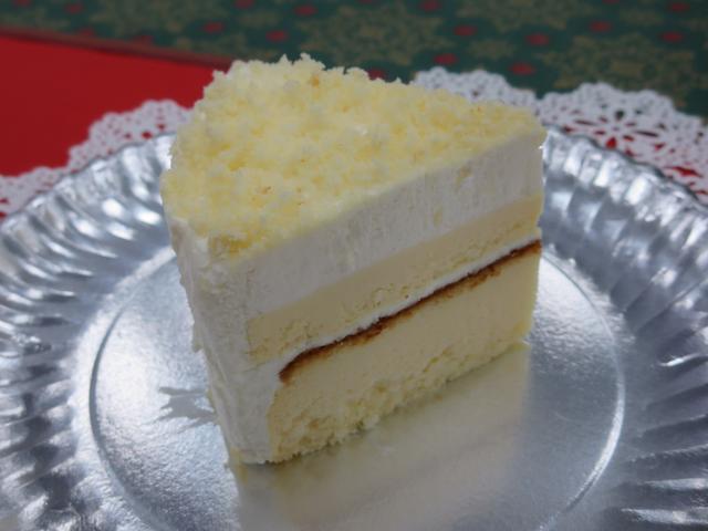 画像: シャトレーゼコラボ!アソートデコレーションよりチーズケーキ